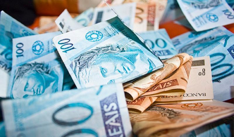 Deputados aprovam R$ 1,91 bi para estados e municípios