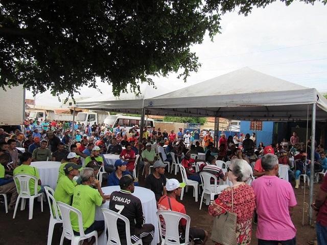 """Em Picos, o """"Dia do Gari"""" é comemorado com festa"""