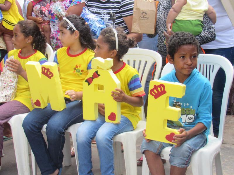 Projeto social realizou festa com as mães em São João do Arraial