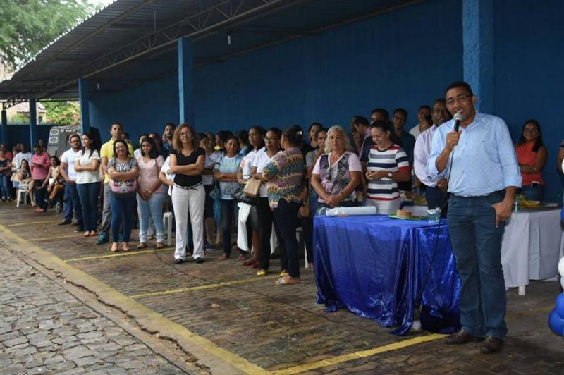 Equipamentos móveis que auxiliam pessoas com deficiência são entregues em Floriano