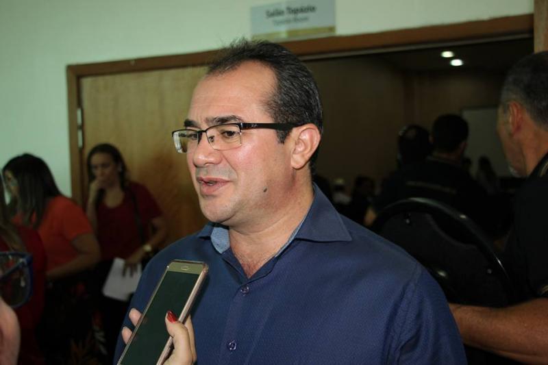 TCE-PI aceita denúncia contra prefeito de Nazária Osvaldo Bonfim
