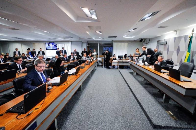 CCJ aprova projeto que torna crime calúnias contra candidatos durante as eleições