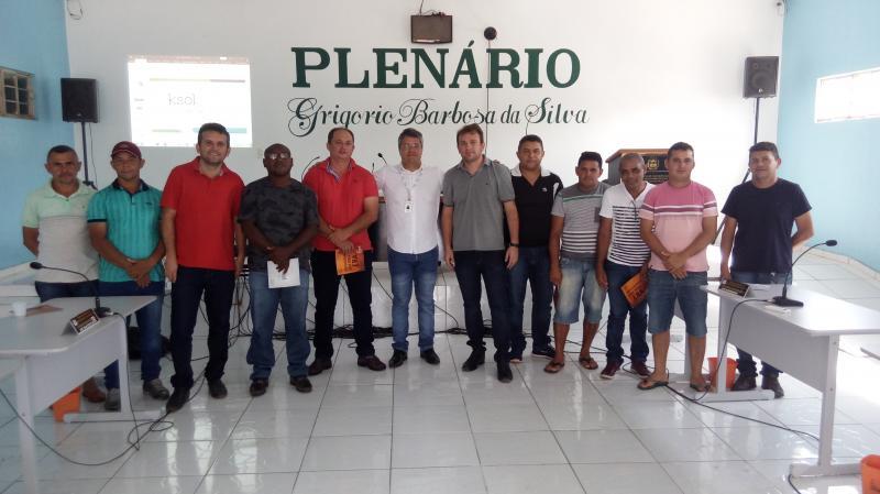 Palestra sobre o uso de energia solar é ministrada em São Gonçalo do Piauí