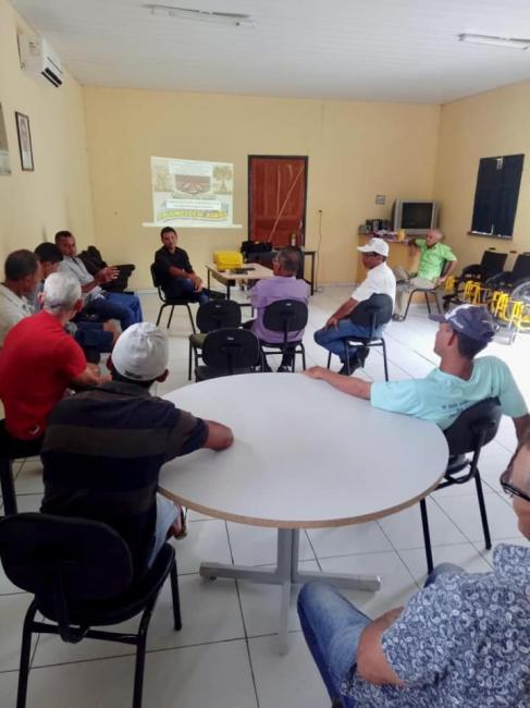 Secretaria de Saúde realiza momento com lavradores do município
