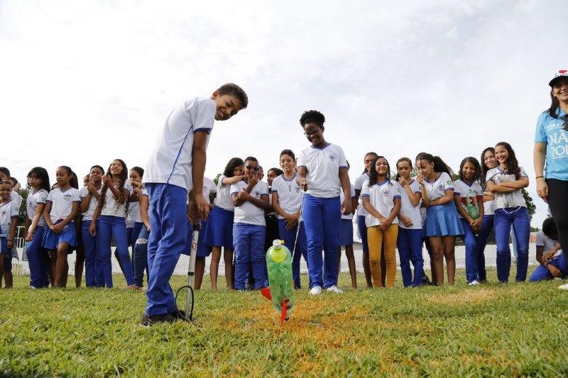 Alunos das escolas municipais de Oeiras participam da 22ª OBA e 13ª MOBFOG