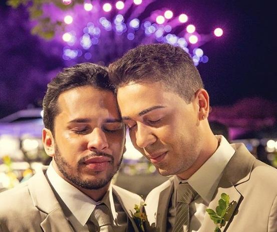 Carlinhos Maia se casa com Lucas Guimarães em cerimônia luxuosa