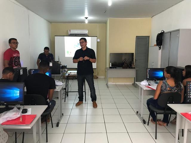 Prefeitura de Francinópolis abre dois Telecentro Comunitário