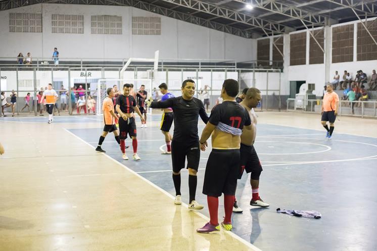 Comunidade e Prefeitura são campeões em Torneio de Futsal