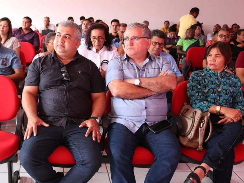 Prefeito e secretário participam de plenária do Território Entre Rios