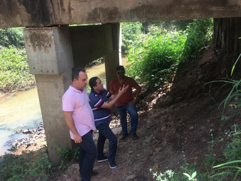 Equipe da gestão realiza nova vistoria na ponte da Gameleira