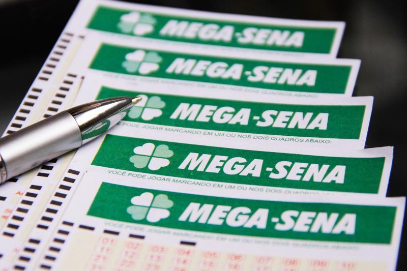 Sorteio da Mega-Sena pode pagar R$ 3 milhões neste sábado