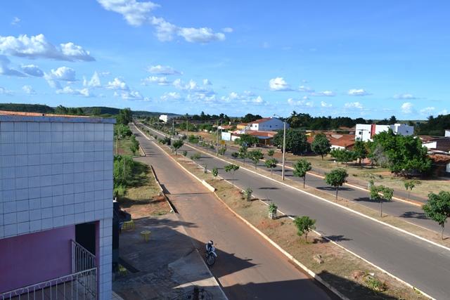 Prefeitura de S. Mendes aproveita espaço das chuvas para limpeza Urbana