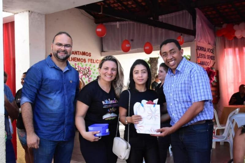 Joel Rodrigues participa de festividades do mês das Mães
