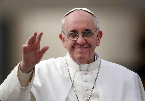 Papa Francisco envia carta a Lula e pede para ele não desanimar