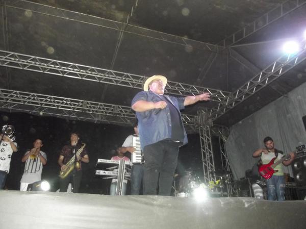 Bandas Forró Dengoso e Cizinho e Forró Bandido encerram em grande estilo os festejos de Agricolândia