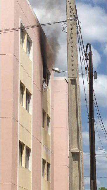 Incêndio destrói em Teresina apartamento de estudantes da cidade de Bom Jesus