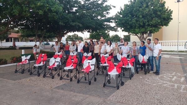 Prefeitura de Colônia do Gurgueia entrega mais 18 cadeiras de rodas