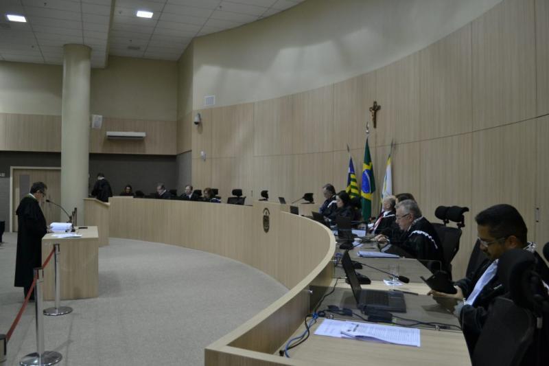 Decisão Plenária obriga Estados e municípios a informarem empresas e veículos de locação