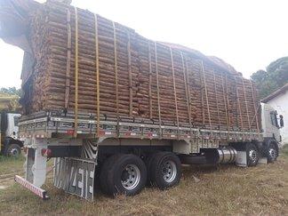 Foto: Ascom/Semar - Caminhão com carga apreendida.