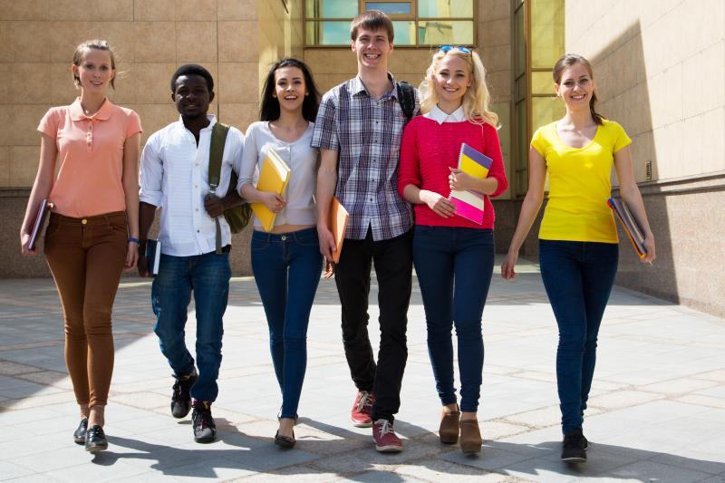 Espanha recebe brasileiros para cursar mestrado com bolsas de estudo