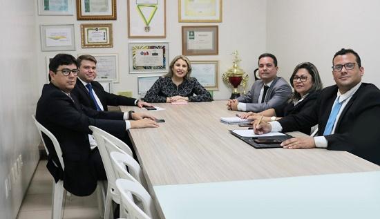Parceria entre a OAB Piauí e a Junta Comercial
