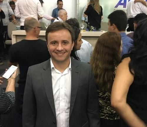 Prefeito de São Pedro do Piauí participa de encontro com ministro da Saúde na APPM