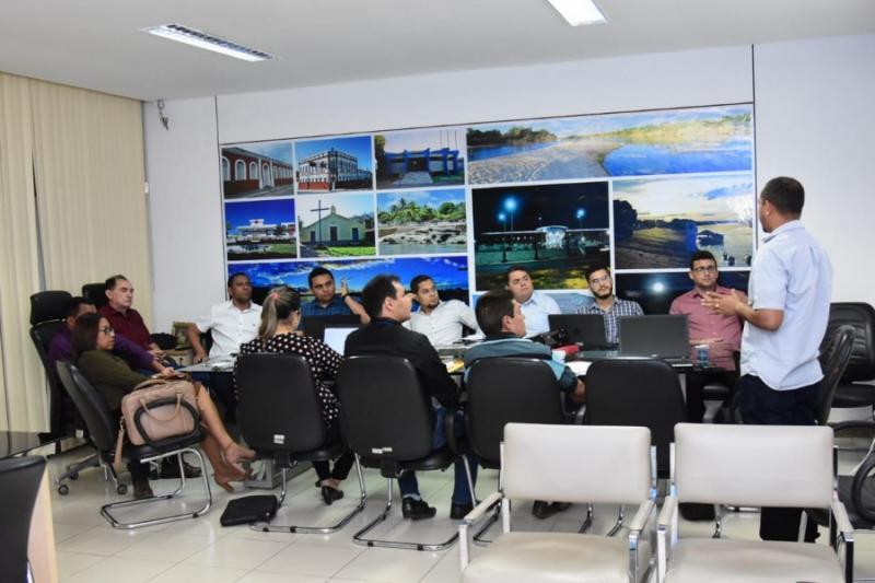 Conselho Gestor de Floriano aprova edital para Parceria Público-Privada
