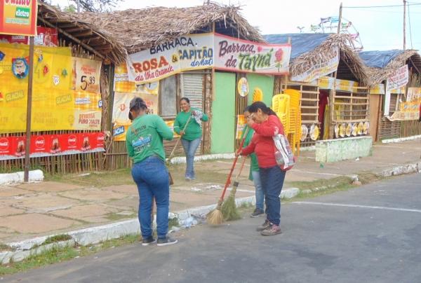 Secretaria intensifica trabalho de limpeza durante o Fesjeto de Sto.Antônio