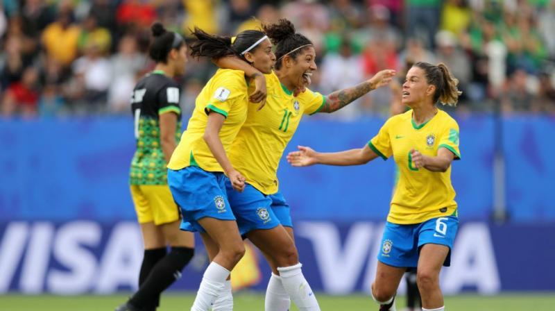Com destaque de Cristiane, Brasil vence a Jamaica na estreia da Copa