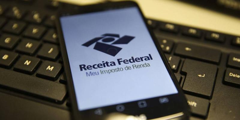 Receita abre consulta a 1º lote de restituição do IR