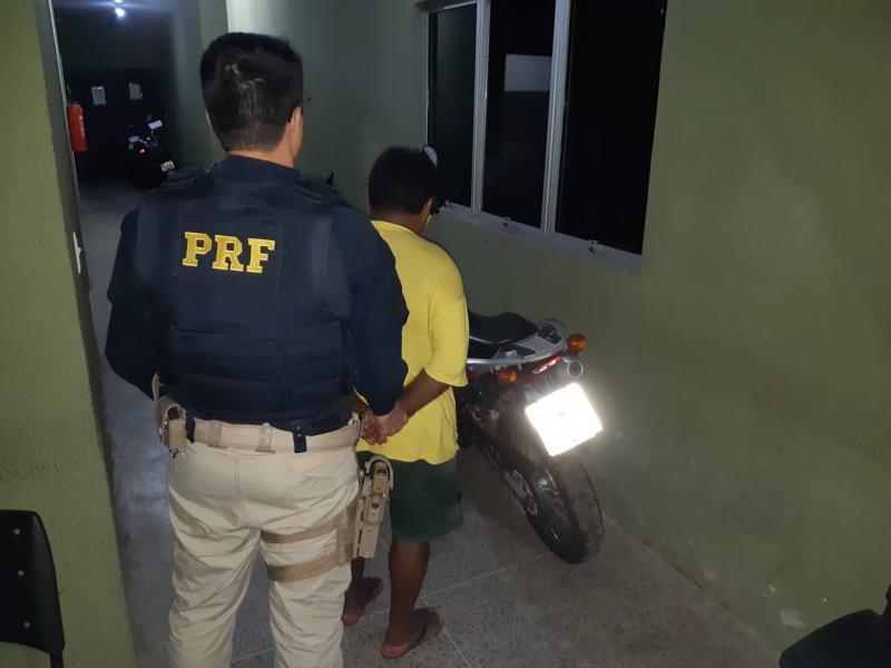 PRF prende motociclista embriagado na BR-343 em Piripiri