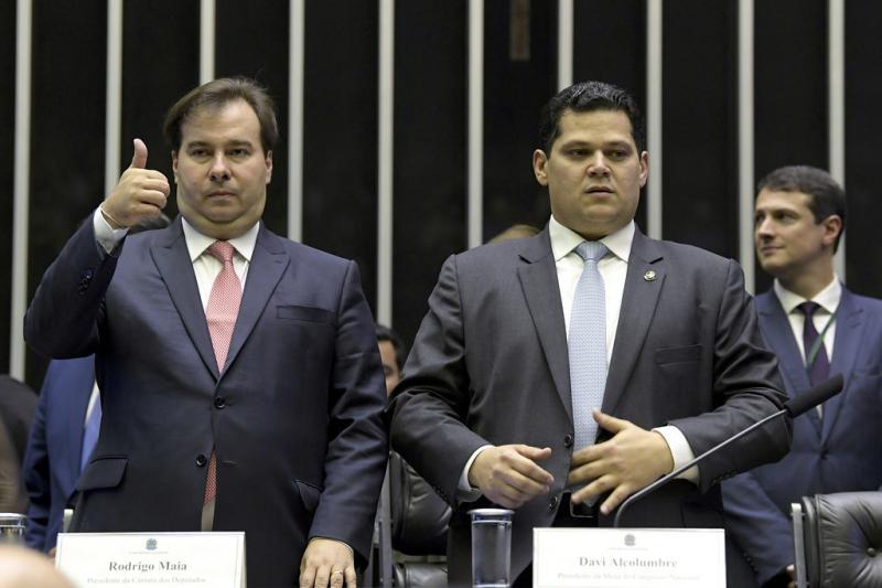 Maia e Alcolumbre criticam agenda política de Bolsonaro
