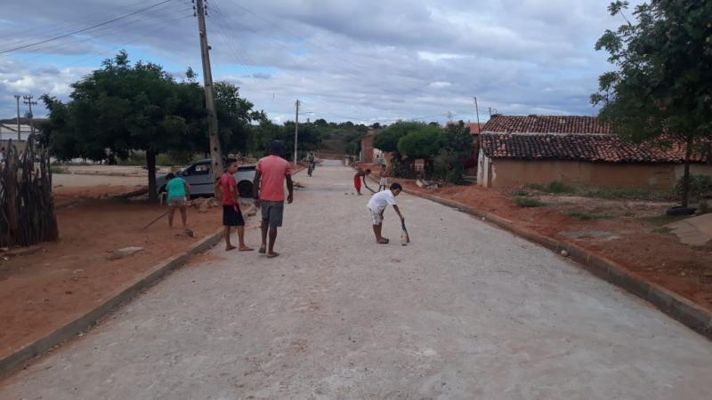 Um sonho que vira realidade na Rua Elias Pereira na COHAB