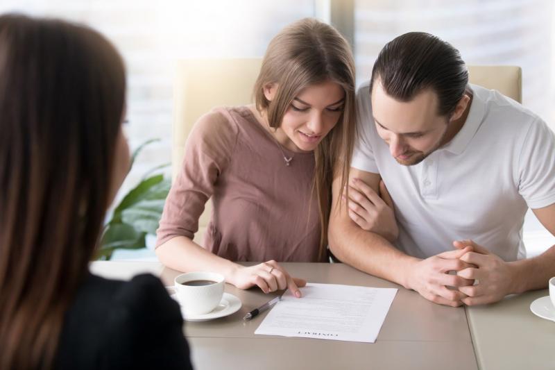 Ricos já procuram 'contratos de namoro'; Saiba por quê