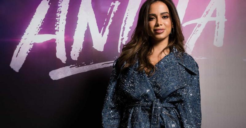 Anitta responde a comentários sobre gravidez