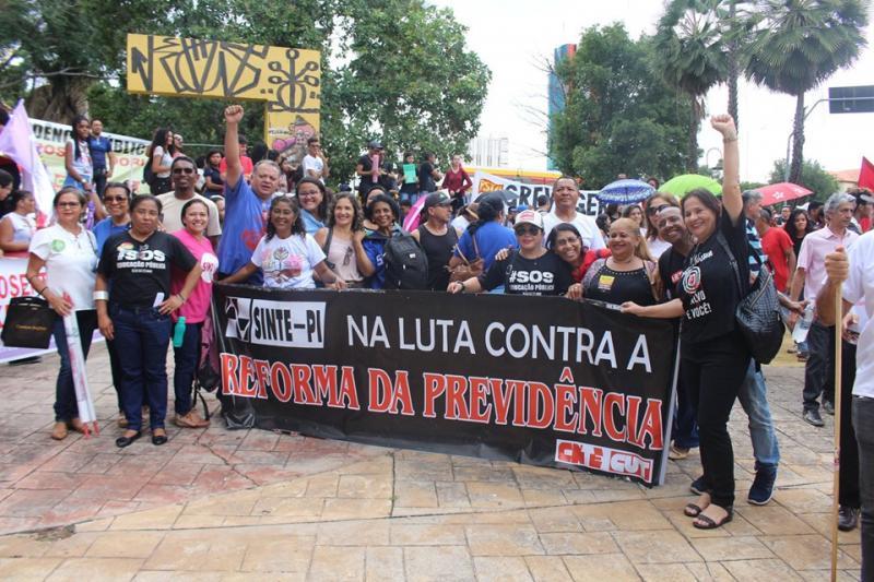 Paralisação contra o governo afeta trasportes e aulas no Piauí