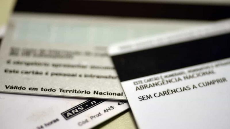 Anvisa suspende venda de 51 planos de saúde