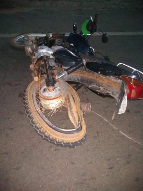 Idoso morre após colisão entre carro e moto no interior do Piauí