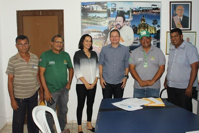 Deputado Rafael Leitoa reúne-se com fiscais da AGED-MA em Timon