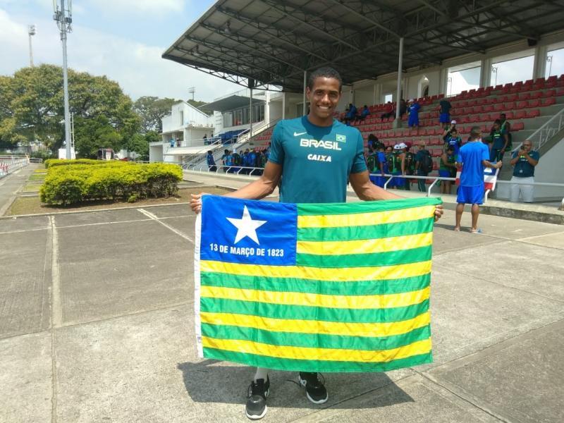 Piauiense conquista medalha em campeonato na Colômbia
