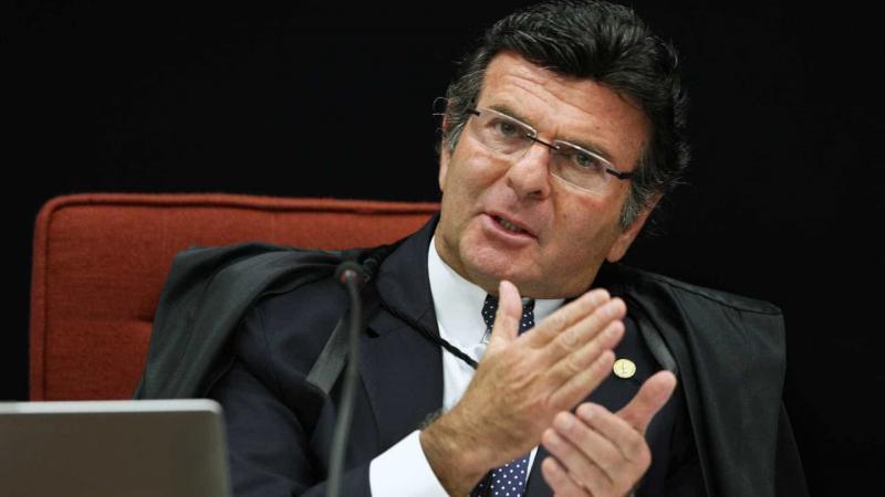 Juiz deve ser em 1º lugar independente, diz Fux, sem citar caso Moro