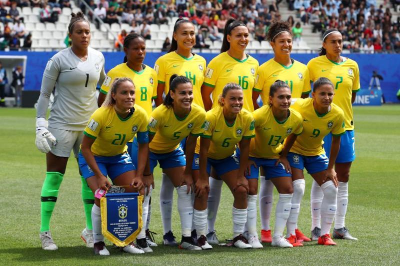 Brasil encara a Itália e busca classificação para as oitavas