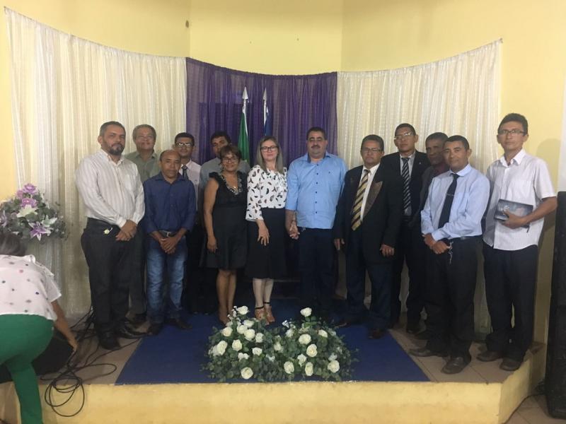 Prefeito Antônio Neto participa de Culto festivo em comemoração ao Aniversário de Lagoa Do Piauí