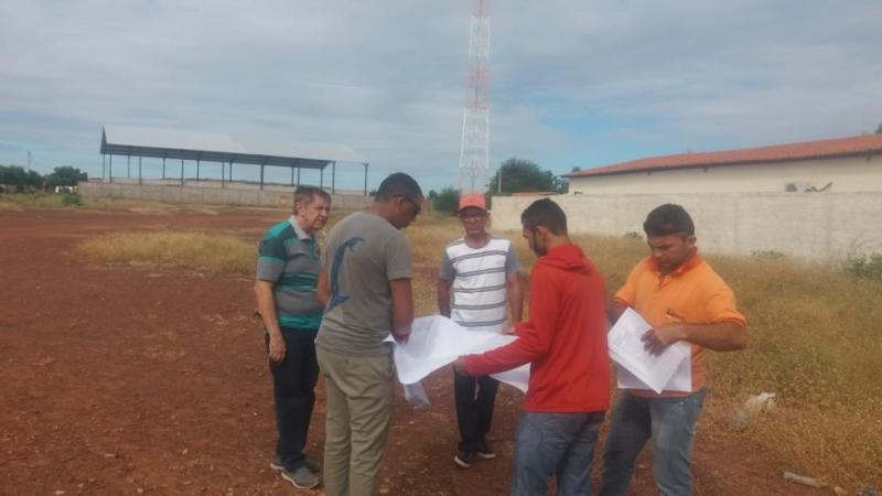 Empresa que venceu licitação dá início à construção do novo CRAS