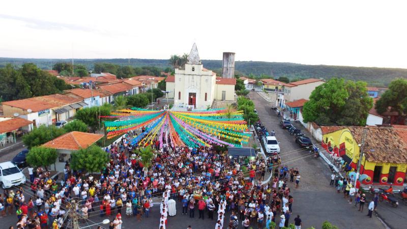 Procissão de Fé encerra os Festejos de São João Batista, em Barro Duro