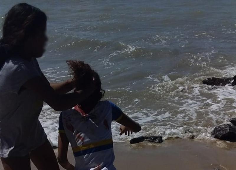 Adolescentes matam garota de 14 anos e filmam tortura