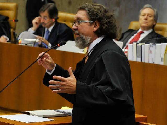 Kakay: Celso de Mello sinalizou que tende a concordar com HC de Lula
