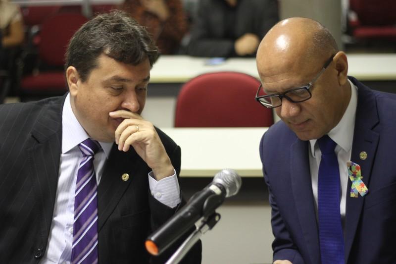 Deputados Nerinho e Franzé participaram da reunião da Comissão - Foto: Alepi