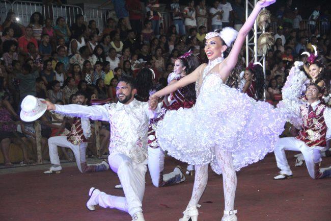 Festa Junina encanta Festival Regional de Quadrilhas de Porto