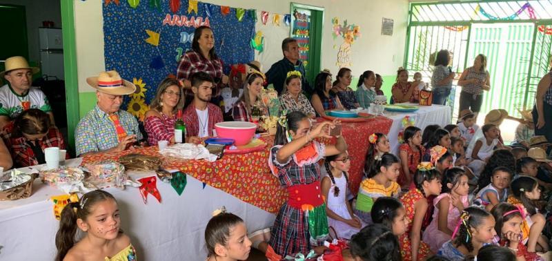 Festas juninas invade escolas da rede municipal em Geminiano